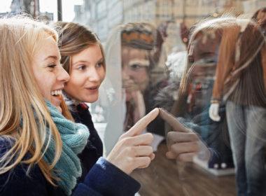 Il faut pouvoir attirer les Millennials dans les boutiques