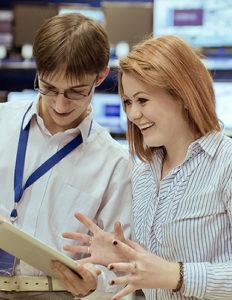 La vitrine digitale permet au vendeur de se reconcentrer sur le client