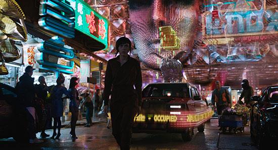 Ghost in the Shell (2013) - Tous droits réservés Paramount Pictures - affichage publicitaire